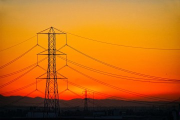 elektrina a plyn