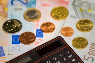 Kažimír predstavil štátny rozpočet, sľubuje pokles deficitu aj dlhu