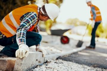 Koronakríza ešte viac zhoršila zlú situáciu na trhu stavebných zákaziek, vidí to tak väčšina stavebných podnikov