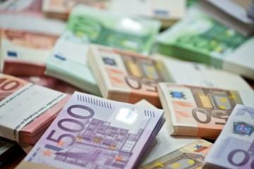 Slovensko musí z eurofondov v tomto roku vyčerpať ešte viac ako miliardu eur, potrebné je aj zazmluvnenie financií