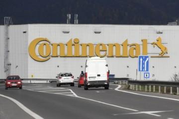 Continental v Púchove zastavuje výrobu, primátorka odmieta koronavírus ako dôvod
