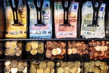 Falšovanie bankoviek