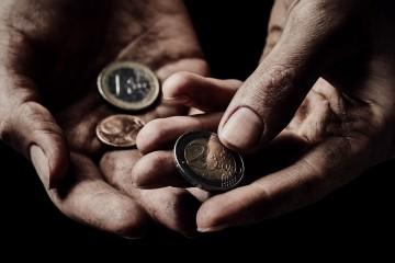 ohrození chudobou