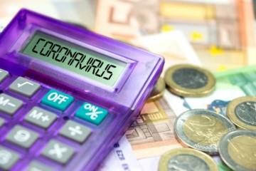 """Zamestnávatelia dostali od štátu """"prvú pomoc"""", ministerstvo im vyplatilo skoro päťsto miliónov eur"""