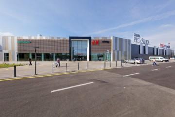 Tesco na Slovensku ďalej rastie: V petržalskej Galérii otvárajú ďalšie obchody