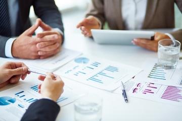 Rezort financií ukázal návrh regulácie provízií, mení aj informačné povinnosti