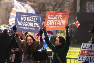 Najviac by na brexit bez dohody doplatili výrobné firmy.