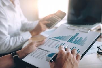 Zložitá zmena príspevku agentov na dohľad nad finančným trhom sa zjednoduší