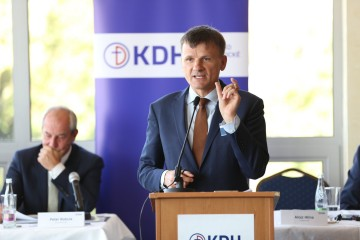 Predseda KDH Alojz Hlina