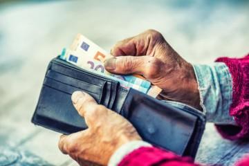Sociálna poisťovňa nevie vyplatiť vyššie minimálne dôchodky