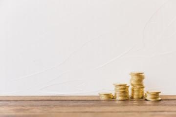 Poistná daň padne za špeciálnych okolností aj na plecia klientov