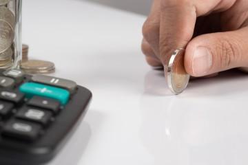 Nižšie provízie za lepšie podmienky úveru pre klienta? Ojedinelý výstrelok, ktorý sa neujme, tvrdia agenti