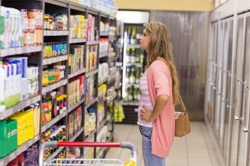 EÚ chce viac chrániť spotrebiteľov, protiprávna bude aj dvojitá kvalita potravín