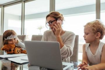 Kratší pracovný čas vyhovuje matkám, ale tisíce Slovákov si nedokážu nájsť lepšie platenú prácu
