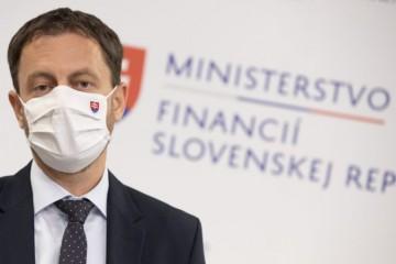 Miliardy eur pre Slovensko vyčlenil Heger na pomoc v čase pandémie COVID-19, otázna bude druhá vlna
