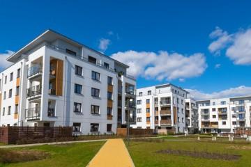 Ceny bývania sa ďalej šplhajú k historickému maximu