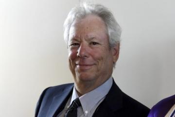 Nobelovu cenu za ekonómiu dostal Američan Richard Thaler