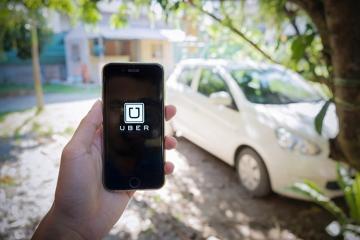 Uber na Slovensku skončil, tvrdí, že dočasne
