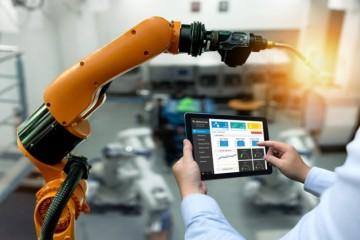 Pracovné miesta na Slovensku ohrozuje robotizácia, koronakríza môže jej nástup urýchliť
