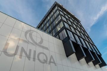 Pobočky AXA sa preznačujú na UNIQA, pre klientov sa nič nemení