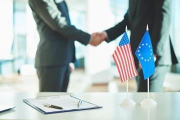 Rada EÚ sa rozhodla potvrdiť dohodu s USA, európskym poisťovniam sa bude podnikať ľahšie