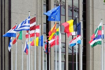 EK očakáva pozitívny vývoj v EÚ a u nás, množstvo krajín je ale zraniteľných