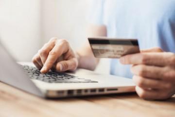 Tržby počas pandémie vzrástli štyrom z desiatich slovenských e-shopov, ukázal prieskum