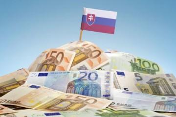 Slovensko vlani dosiahlo najväčšiu odchýlku od plánovaného rozpočtu za posledných 10 rokov