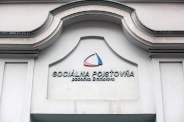 Sociálna poisťovňa si v najbližších troch rokoch finančne prilepší, od štátu dostane viac ako miliardu eur
