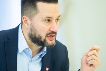 Demonštrácie paralyzovali Bratislavu, primátor Vallo kritizuje prácu polície