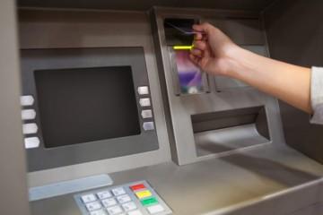 Hackeri ukradli z bankomatov 230-tisíc eur, spáchali blackbox útoky