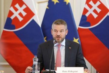 Nepredvídateľnosť legislatívneho prostredia je pre firmy stále problémom, varuje Pellegrini
