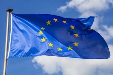 Európania nie sú spokojní s opatreniami EÚ prijatými počas pandémie, najviac kritickí sú Taliani