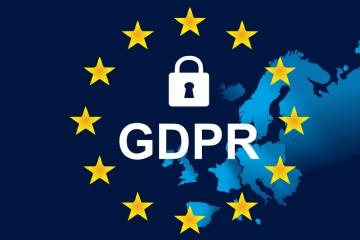 GDPR: Firmy by mali upraviť vlastné klauzuly o ochrane osobných údajov