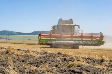 Poľnohospodári nesúhlasia s miliónovou podporou, od Fica, Danka a Matečnej chcú splnenie sľubov