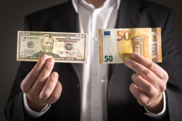 dolár vs. euro