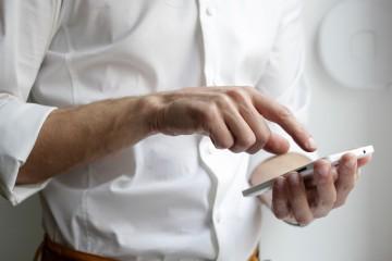 """Ako sa vyhnúť rizikám mobilného """"bankovania""""?"""