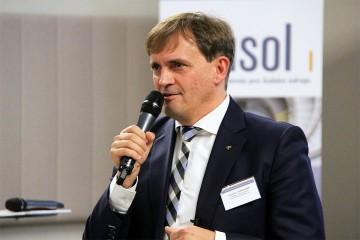 J. Vonkomer: Agenti riešia pri adaptácii na nové pravidlá iné problémy ako banky a poisťovne, spoločné fóra vítame