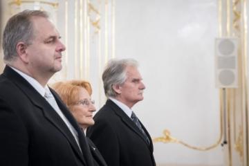Z dvojice Mamojka a Laššáková sa mal podľa Danka stať ústavným sudcom iba jeden z nich