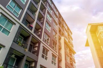 Výstavba nájomných bytov robí mestám a obciam problémy najmä pre nevysporiadané pozemky
