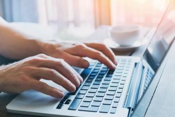 Fio banka upozorňuje na podvodné e-maily, klientov nabádajú na aktualizovanie účtu
